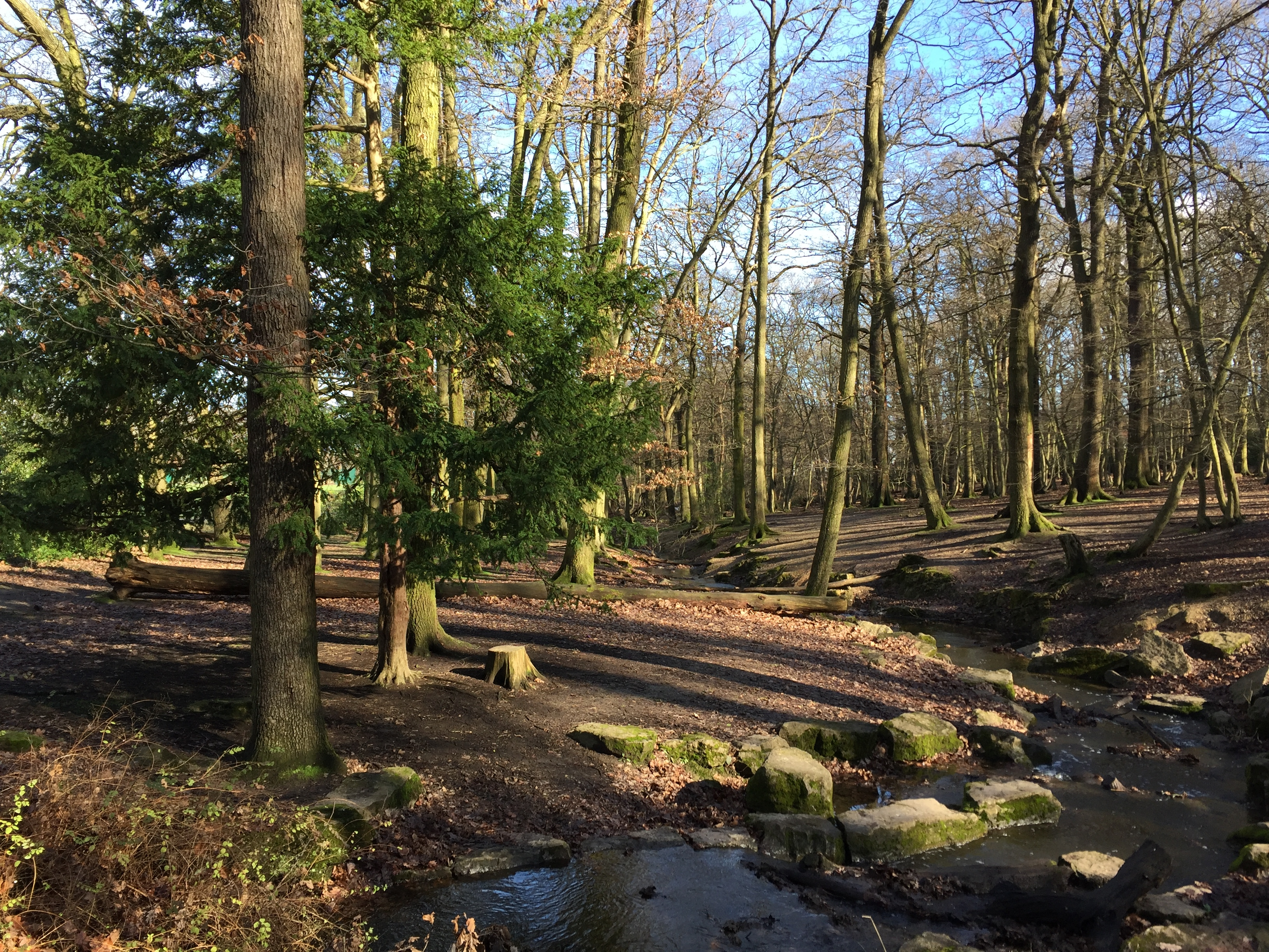 53 – Winchmore Hill to Palmers Green, parks and gardens; back via ...
